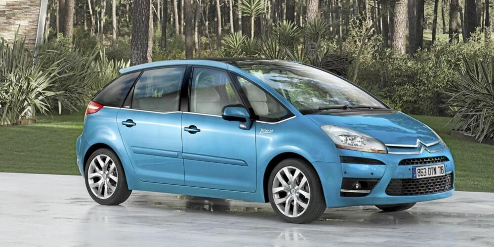 Med C4  Picasso har Citroën tatt dødvinkelproblemet på alvor.