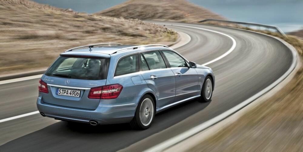 STOR: Stasjonsvognutgaven av den nye E-klasse er diger, luksuriøs og trygg.