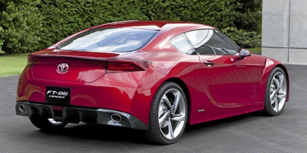 STORE HJUL: Toyota bruker alle designvirkemidler for å gi bilen fullblods sportspreg.