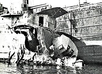 """SPRENGT: Destroyeren """"""""Eskimo"""""""" var et ynkelig skue da den kom til Skjelfjord for andre gang. Hele forskipet var sprengt vekk."""