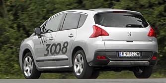HØY, RØFF: Og i praksis en flott familiebil i kompaktklassen - Peugeot 3008.