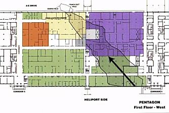 FLYETS VEI GJENNOM PENTAGON: Plansjen viser veien flyet skal ha gåt gjennom bygget, og skadene i første etasje av den vestre vingen til Pentagon.