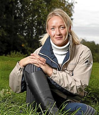 TERAPI: - Kontakt med dyr kan være til stor hjelp for barn med syke foreldre, sier Christina.