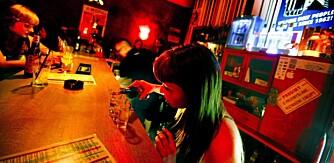 VODKA: Vodka serveres gjerne i 4ml shotglass, og skal selvfølgelig svelges i en slurk. Prisen ligger på rundt 20 kroner.