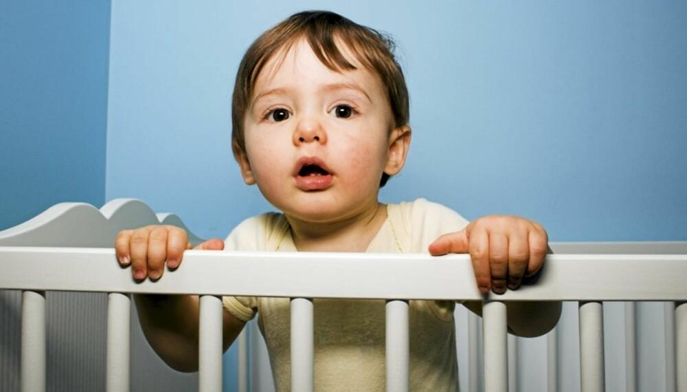 IKKE TRØTT: Hva gjør man når barnet ikke vil sove? Er sovemedisin greit?
