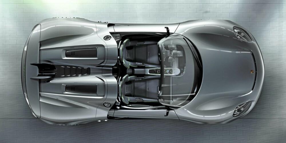KLASSISK: 918 Spyder har klassisk supersportsbiloppsett; to seter, og motoren bak disse.