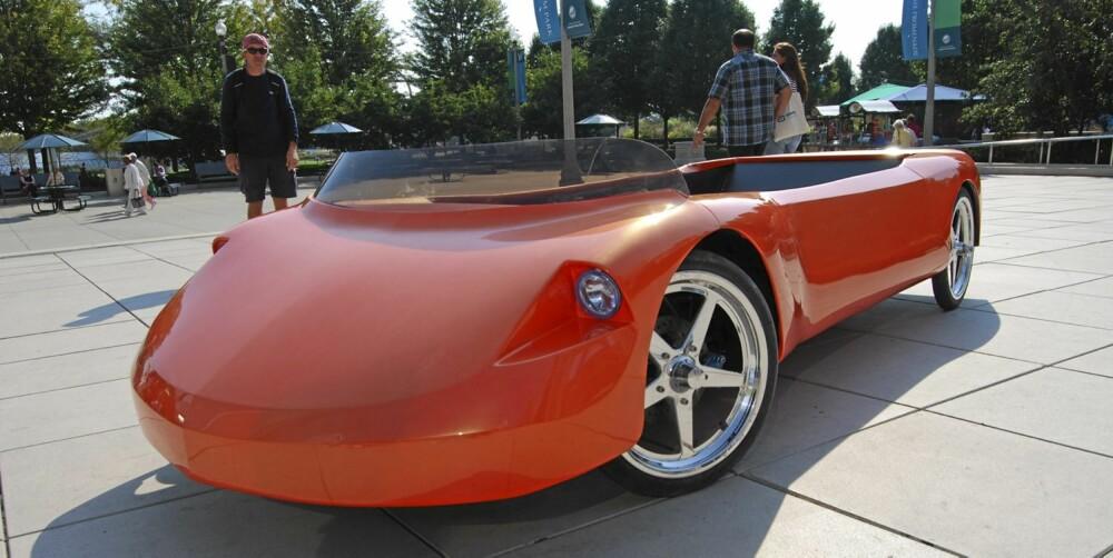 Imagine er en videreføring av diverse mer primitive prototyper, og koster 15 500 dollar i USA.