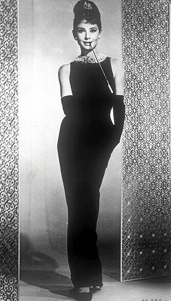 "DEN LILLE SORTE: Audrey Hepburn i ""Breakfast at Tiffany's"