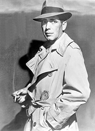KJEKKAS: Humphrey Bogart var med på å udødeliggjøre trenchcoaten på 40-tallet.