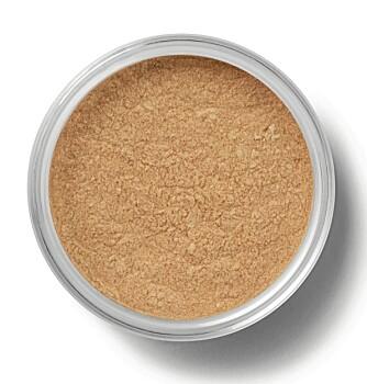 LETT SMINKE: bare Minerals Flawless Radiance (kr 429).