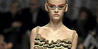 RETRO: Prada har latt seg inspirere av 50-tallet denne sesongen.