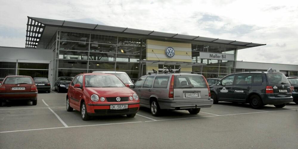 DYRE: Møller Bil på Ryen ville ha nesten 24 000 kroner for å fikse Golfen.