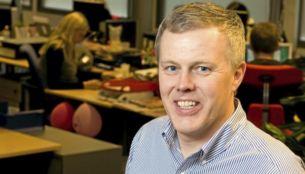 SVARER: Her og Nå-redaktør Rino Rådahl.