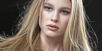 70-TALLSGLAM: Chloé lot seg inspirere av det glamorøse 70-tallet da de sminket sine modeller.