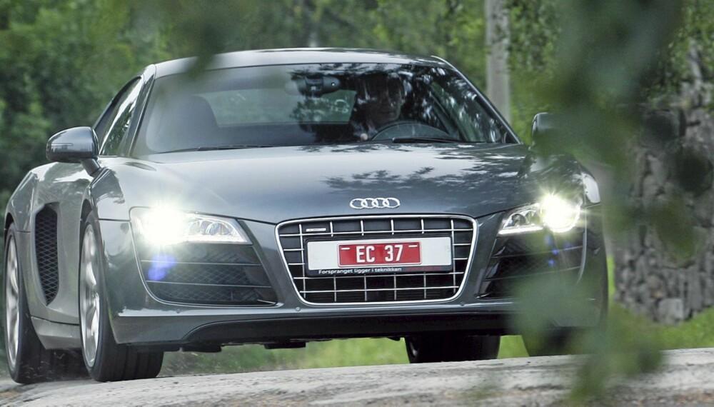 ÅRETS RÅESTE: Audi R8 V10 er den råeste bilen vi har kjørt på norske veier i 2010.