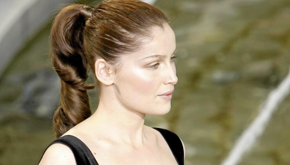 ENKEL FRISYRE: Bytt ut sommerens hårball med en trendy hestehale, som denne sett hos Louis Vuitton.