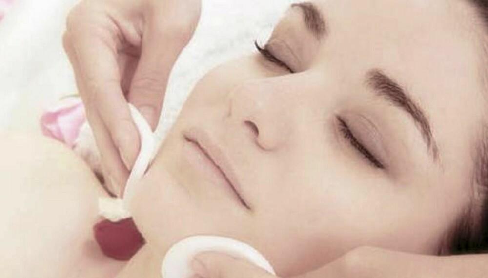 NØDVENDIGHET: Peeling er både sunt og nødvendig for huden.