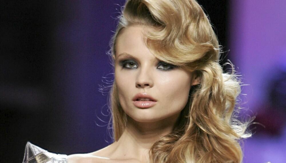 VOLUM: Juks deg til tykt og fyldig hår med disse tipsene.