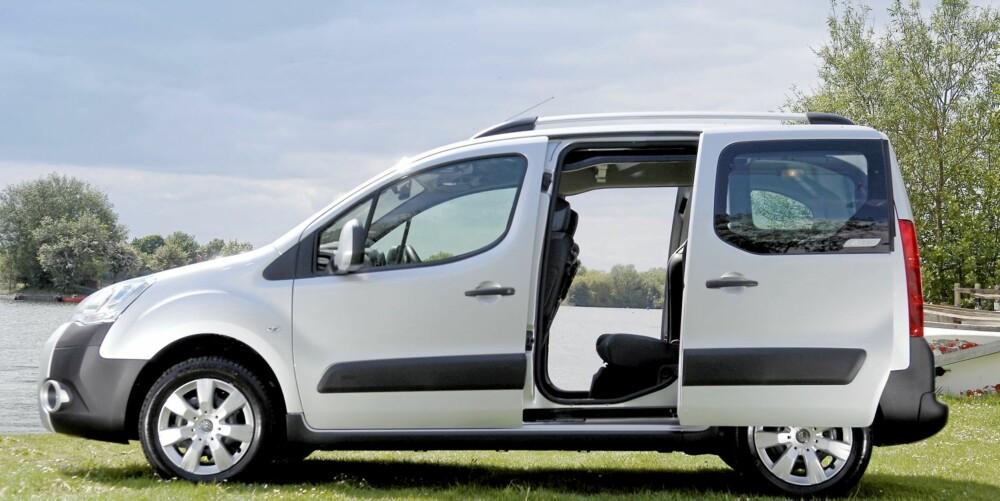 PLASSMESTER: Tvillingmodellene Berlingo og Partner Tepee gir veldig mye plass for pengene - og de er komfortable.