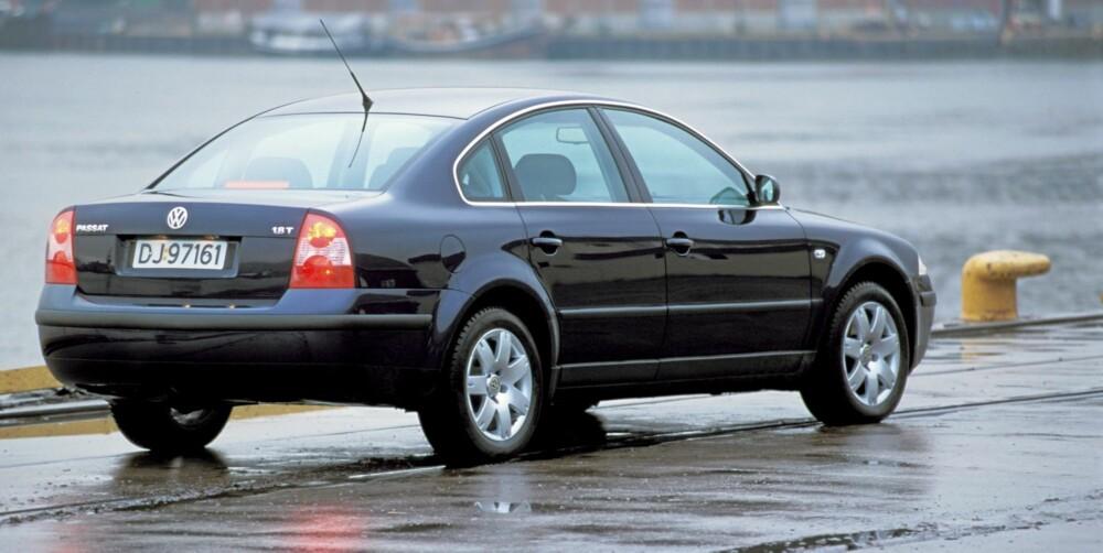 TØFF MOTOR: Motorutvalget er bredt i VW Passat, og 1,8-liters bensinturbo med 150 hk gjør bilen sprek og morsom.
