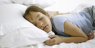 SYKE BARN: Synes du det er slitsomt å ha syke barn hjemme? Unngå syke barn i ferien ved å bruke Idoform Travel.