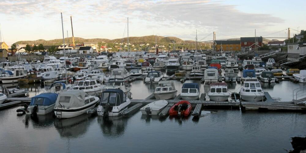 OVERVÅK: Grisgrendt plasserte havner bør være overvåket for å sikres mot tjuvradder. Foto: Terje Haugen