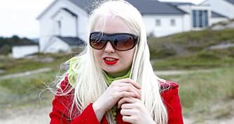 -Albinisme er en sjelden form for skjønnhet, sier Cecilie Andrea. Bortsett fra å beskytte øynene mot sollys, trenger hun ingen ekstra tilrettelegging i hverdagen.
