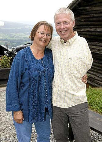 GIFT: Cato og hans Märtha har vært gift i snart 30 år, men i fjor ble ekteskapet satt på en alvorlig prøve.