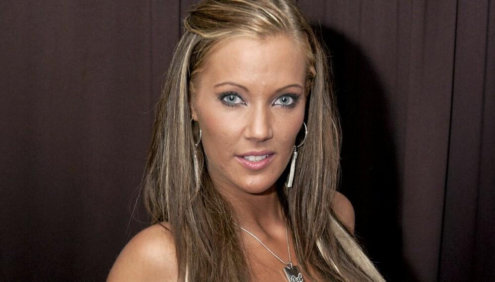 Den vordende Paradise-baben Silje Winther-Hansen fikk sitt livs sjokk da hun skulle fly hjem fra festen som markerte sesongstart for serien.