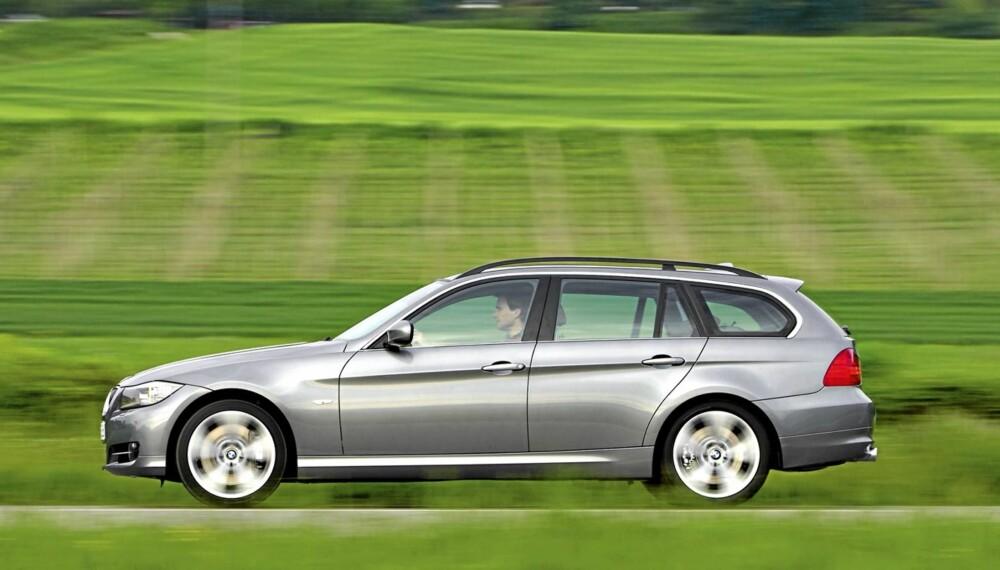 DYR Å EIE?: BMW 318d Touring med 143 hk.