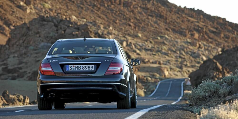KOMFORT: C-klasse byr på høy komfort. FOTO: Daimler AG