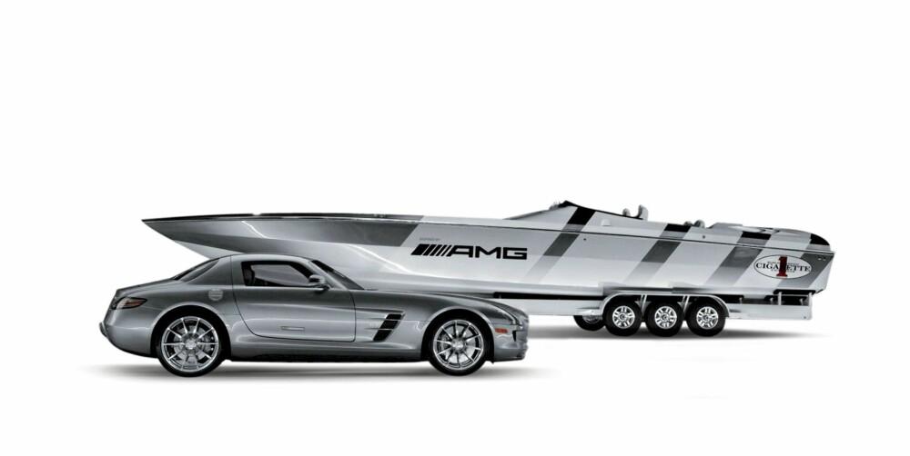 INSPIRASJON: Cigarette-båtene er verdenskjente. Denne modellen har hentet inspirasjon fra Mercedes' siste superbil.
