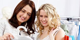 HJELP OG STØTTE: En god venninne kan bidra med masse hjelp hvis du syntes shopping er vanskelig.