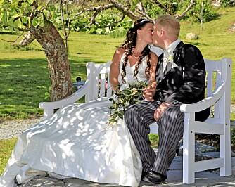 JA! 19. juni 2010 giftet paret Cecilie og Mortens seg.