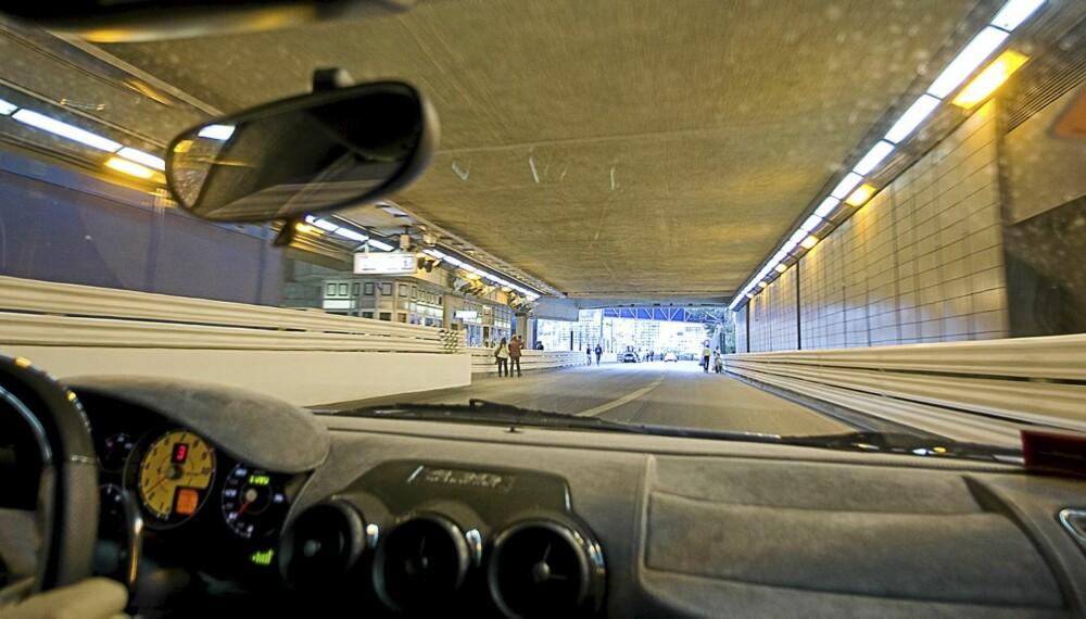RIKMANNSPARADIS: Monaco er kjent for å være dyrt. Ferrarier, Lamborghinier og andre eksklusiviteter nærmest florerer.
