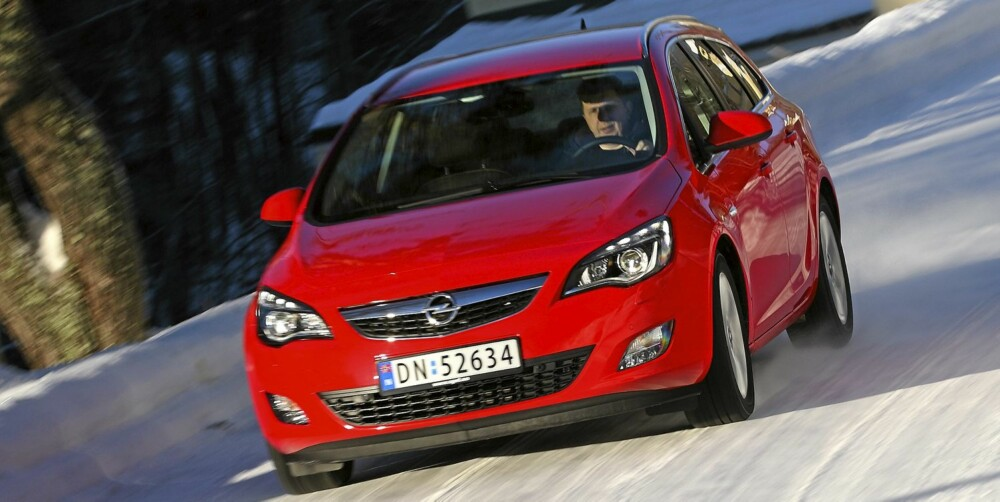 LITEN MOTOR: Opel Astra 1,7 CDTi, 110 hk: 0,65 l/mil. FOTO: Egil Nordlien, HM Foto