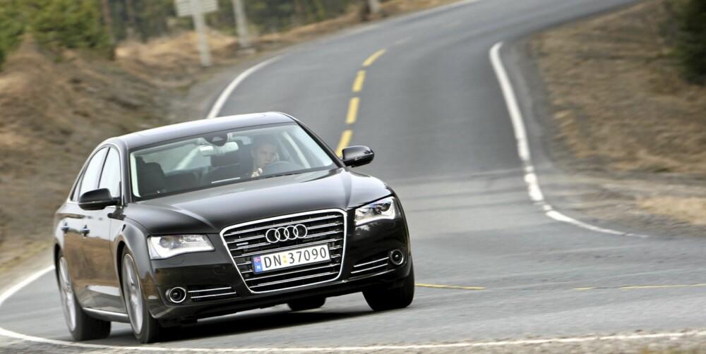 STERK MOTOR: Audi A8 4,2 TDI Quattro aut., 350 hk: 0,68 l/mil. FOTO: Egil Nordlien, HM Foto