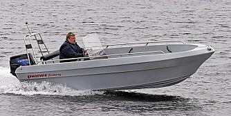 PIONER: Mykplast er et bestandig materiale og båtene tåler mye juling.