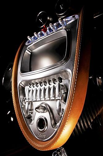 KLARINETTKLAFFER: Bryterne og knappene har mer til felles med perfekt bygde instrumenter enn knappene man finner i vanlige biler.