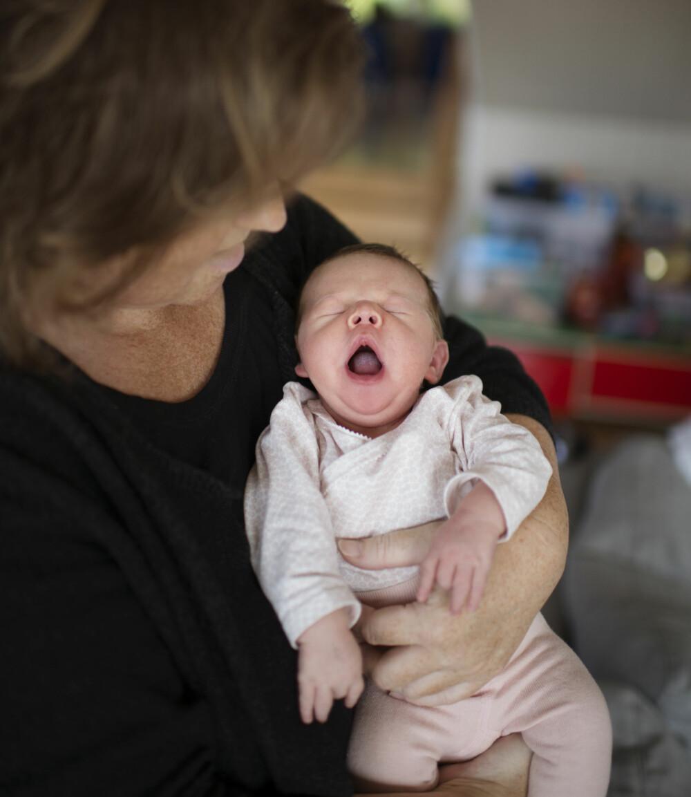 ANDREGANGSFØDSEL: Selv om det var 21 år siden sist fødsel, husket  kroppen hva den skulle gjøre, forteller Else Marie.