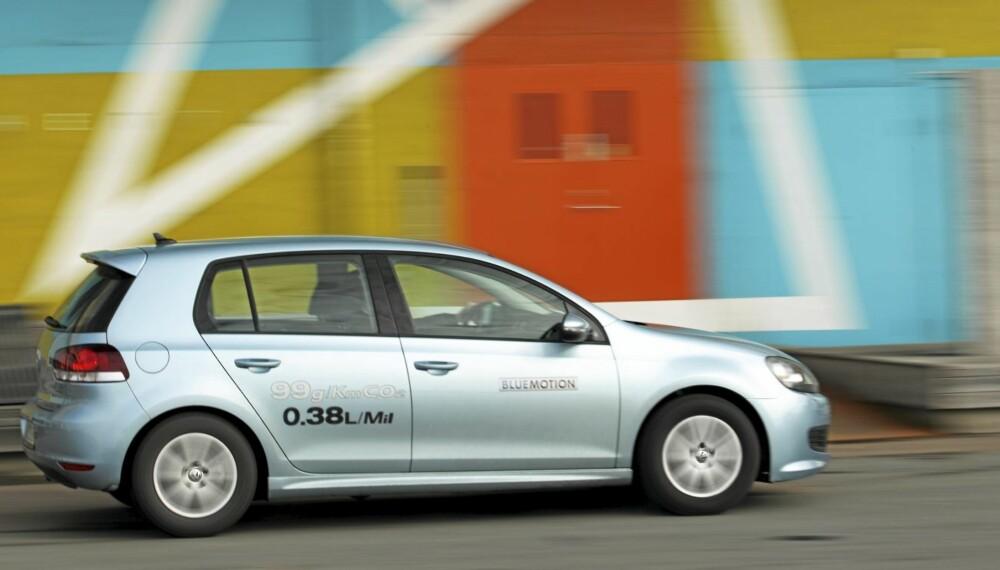 MILJØ-GOLF: VW Golf Blue Motion har lavt CO2-utslipp. FOTO: Egil Nordlien HM Foto