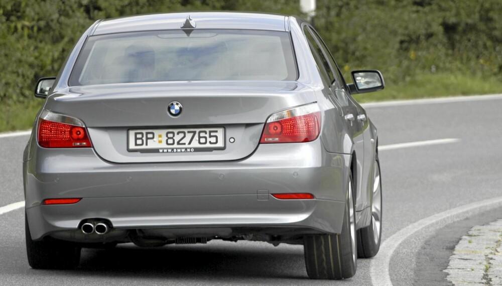 LETTBENT: En brukt BMW 5-serie vil gi deg mye kjøreglede.