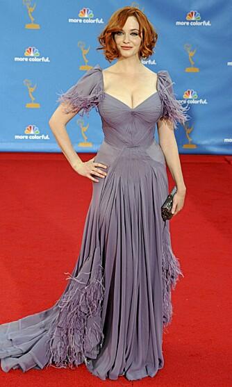 FORMFULL: Christina Hendricks får mye oppmerksomhet for sin kvinnelige figur.