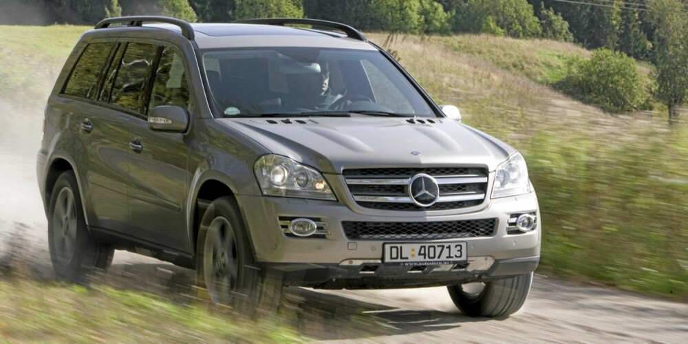 FARLIG? Digre SUV'er er trygge - men ikke for andre. Foto: Terje Bjørnsen