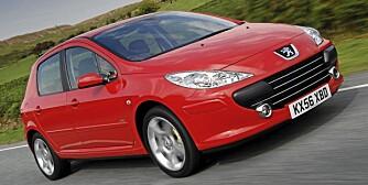 KOMPAKTBIL: Peugeot 307 var blant de rommeligste bilene i sin klasse, men ikke blant de mest feilfrie. Foto: Produsenten