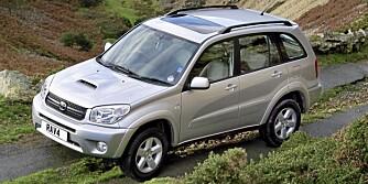 SUV: Generasjon to av Toyota RAV4 har ifølge Dekra middels kvalitet. Foto: Produsenten