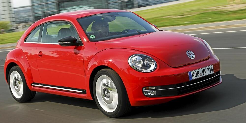 STØRRE: Den nye VW Beetle er lengre, lavere og bredere enn den triste forgjengeren. Det liker vi. FOTO: VW