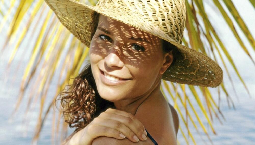 SOLA HAR SKYLDA: Sola har en stor påvirkning på pigmentflekker, så beskytt deg godt, gjerne med solhatt.