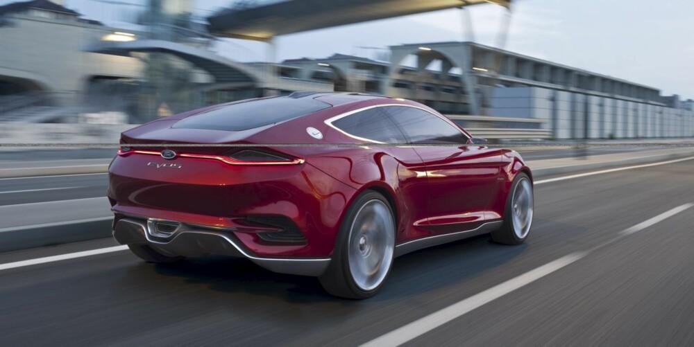 NESTE MONDEO?: Ford Evos skal vise hvilken designretning selskapet vil bevege seg i. Kanskje vil man se noe av den samme formen på neste generasjon Mondeo.