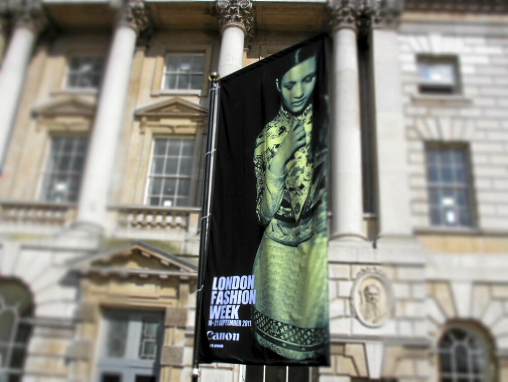 LONDON FASHION WEEK: Denne uka arrangeres London Fashion Week, hvor vår og sommermoten for 2012 vises frem.
